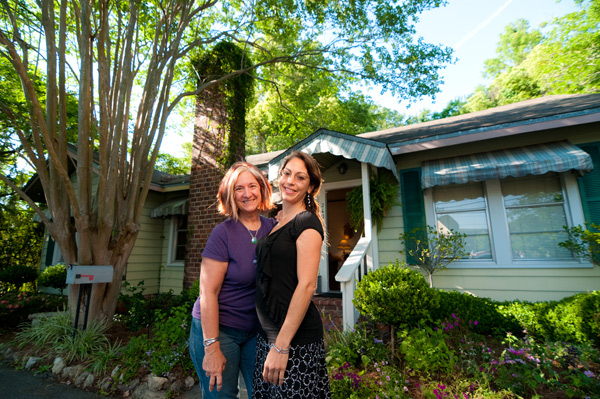 Layla & Alice of The Birth Cottage in Tallahassee